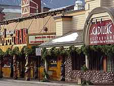 Jackson hole restaurants and dining jackson hole wyoming for Best places to eat in jackson wy
