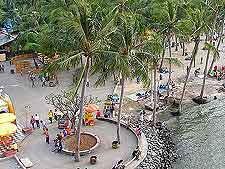Picture of tourists at the Ancol Dreamland park