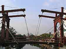 Jembatan Pasar Ayam image