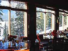 Although Not As Extensive Larger Towns Are Cities In Canada The Jasper Townsite Offers A Good Selection Of Restaurants And Dining Options