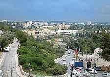 City roads picture