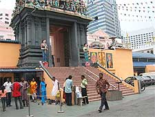 Sri Mariamman Temple picture, taken by Terence Ong