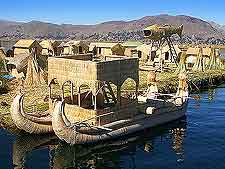 Picture of the floating islands on Lake Titicaca