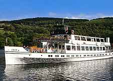 Picture of cruise boat on Lake Windermere