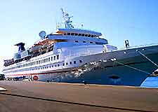 Image of cruise ship docked in Lanzarote