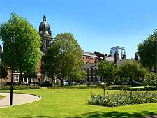 View of Park Square and the Town Hall, taken by Rich Tea