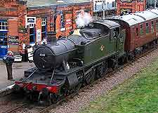 Steam train picture, on the Great Central Railway