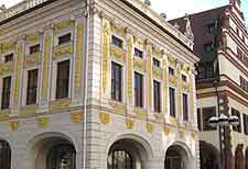 Picture showing the Old Stock Exchange (Alte Borse)