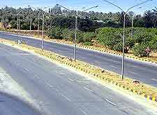 Photograph of highway in Triploi