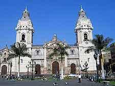 La Catedral de Lima picture (Basilica Cathedral)