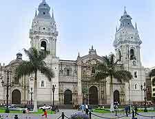 La Catedral de Lima (Basilica Cathedral) photograph