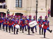 Picture show the Peruvian Changing of the Guard ceremony