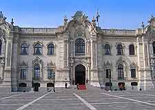 Photo of the Palacio de Gobierno (Government Palace / House of Pizarro)