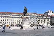 Picture showing Figueira Square