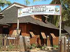 Image of the Hotel Renala Restaurant and Bar entrance in Morondava, Menabe