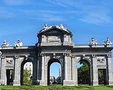 Puerta de Alcala photo