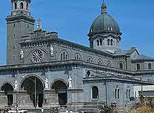 Manila Cathedral picture