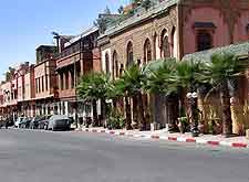 Central street view (Avenue Mohamed)
