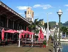 Image of al fresco dining at Port Louis