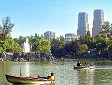 Photo of lake in Chapultepec Park