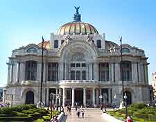 Further photo of the Palacio de Bellas Artes in Mexico City
