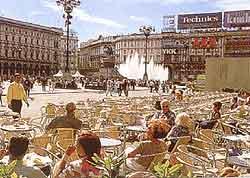 Milan al fresco dining image
