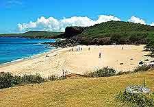 Kawakiu Beach picture