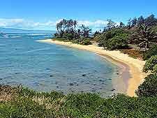 Photo of the gorgeous Waialua coastline