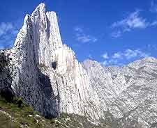 Photo showing the Canon de la Huasteca