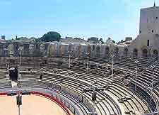 Nimes amphitheatre photograph