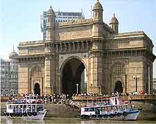 Picture of the famous Gateway of India