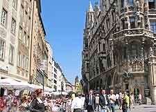 Picture of the Marienplatz in the Old Town (Altstadt-Lehel)