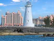 Picture of lighthouse, with the Atlantis Resort in the background