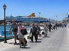 Picture of arriving holiday makers