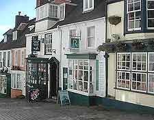 Photo showing the streets of Lymington
