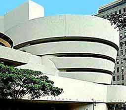 Further view of the Solomon R. Guggenheim Museum