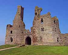 Photo of Dunstanburgh Castle
