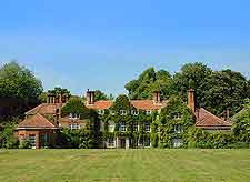 Picture of Earlham Hall at the University of East Anglia (UEA)