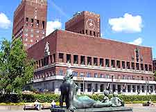 Close-up photo of the Radhus (Town Hall)