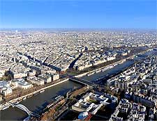 Aerial image showing the River Seine, taken by Armin Hornung