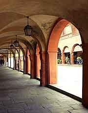 Parma attractions nearby parma emilia romagna italy for Malvisi arredamenti busseto parma