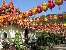 Picture of lantern celebrations at the Kek Lok Si Temple