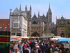 Photo of open-air market at Cathedral Square