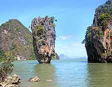 Picture of famous rock at Phang Nga Bay (Khao Tapu)
