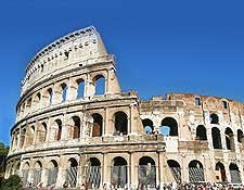 Different photo of the Colosseum, showing the neighbouring Arch of Constantine