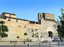 Gate of San Giovanni photo (Porta San Giovanni)