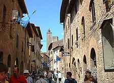 San Giovanni Street picture (Via San Giovanni)