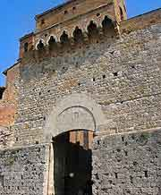 Photo of the Gate of San Giovanni