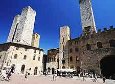 Photo of the Piazza del Duomo
