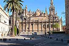 Photograph of the Plaza del Buen Pastor in downtown San Sebastian